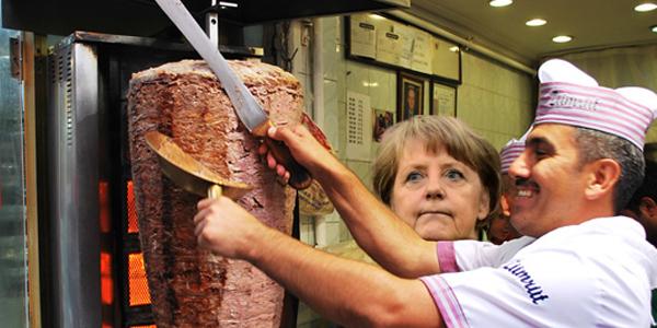 Merkel'in Döner Hayranlığını Gösteren 10 Fotoğraf