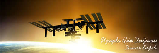 Uzayda Gün Doğumu – Duvar Kağıdı